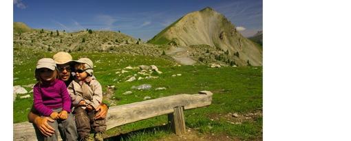 randonnée famille dans les alpes queyras-lac-sainte-anne-enfant-famille-queyras-alpes