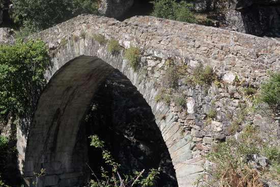 pont-romain-vallée-asco-corse