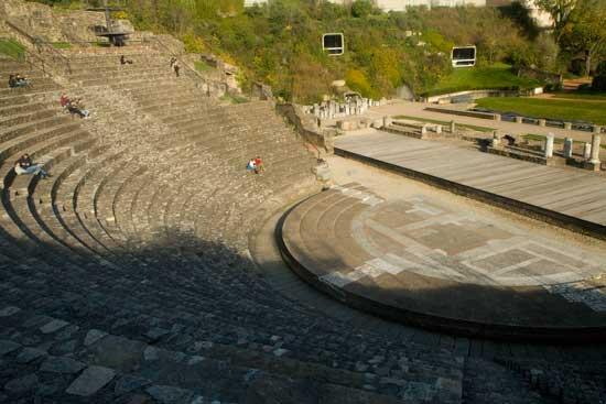 visiter lyon en famille théâtre-romain