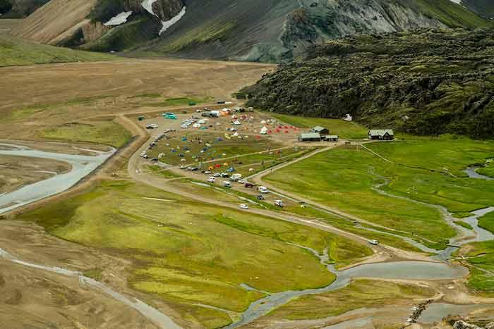 piste-et-refuge-landmannalaugar