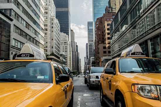 new-york-avec-enfants-en-famille-taxi-jaune