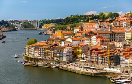 ou aller au portugal en famille