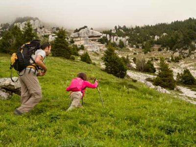 -randonneur-enfant-Chartreuse-Alpes