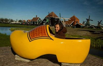 Zaanse-Schans-enfant-hollande