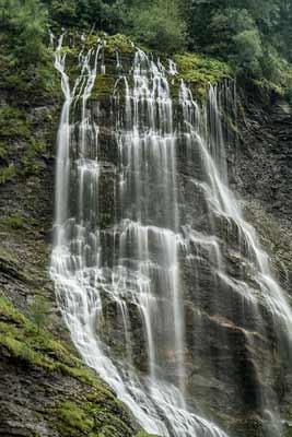 cascade-fiz-alpes