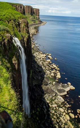 cascade Kilt-Rock-ile-de-skiye-écosse