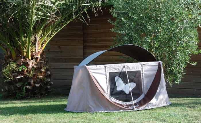 lit de voyage b b guide et s lection de 6 lits de voyage voyage en famille avec enfants. Black Bedroom Furniture Sets. Home Design Ideas