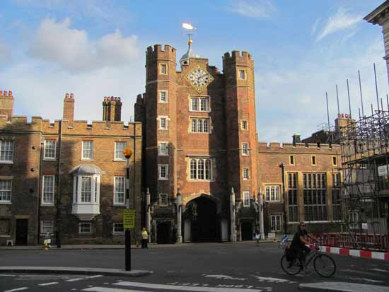 st-james-palace-visiter-londres