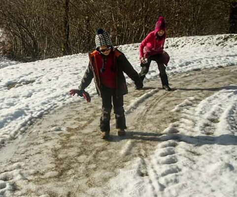 sport-hiver-enfants-patinage