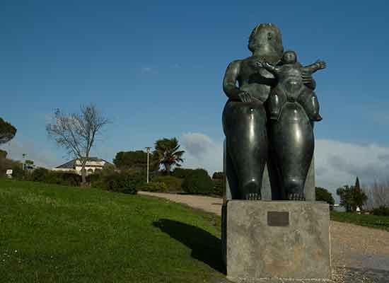 lisbonne avec enfants en famille Parc-Eduardo-VII-statue-