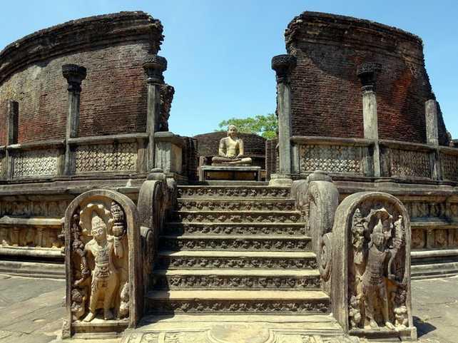 voyage-sri-lanka-pollonnaruwa temple