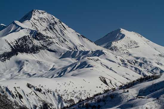 montagne-alpes-savoie-arvan-en-hiver