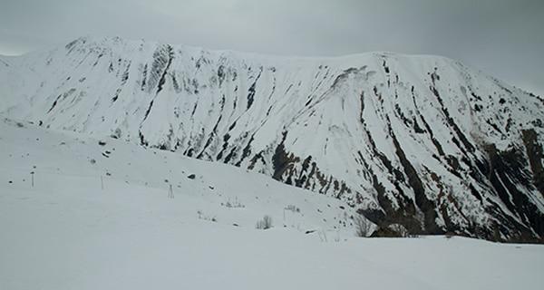 montagne-en-savoie-arvan-sous-neige-hiver