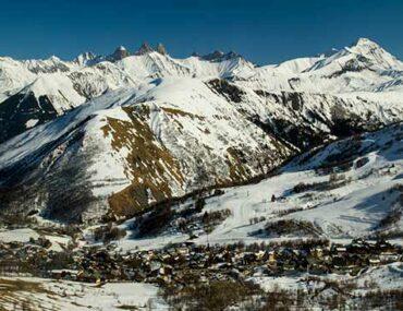 saint-sorlin-arves-en-hiver-sous-neige