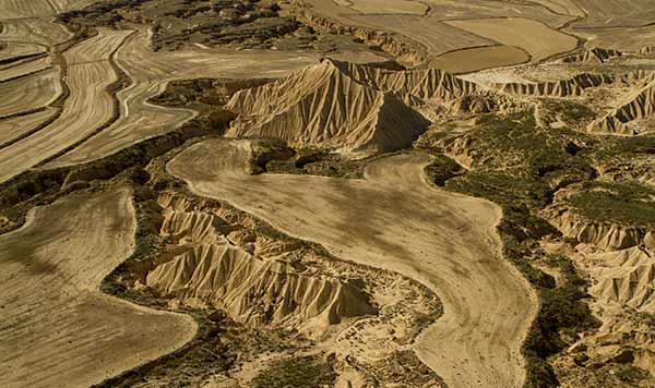 desert-bardenas-vue-d'en-haut-espagne