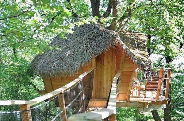 cabane dans les arbres en famille top s lection voyage en famille avec enfants et week end en. Black Bedroom Furniture Sets. Home Design Ideas