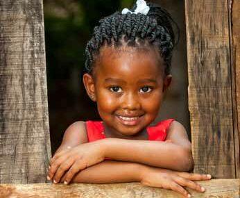 afrique enfant tout petit