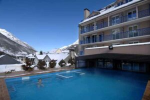 résidence-famille-ski-pyrenees