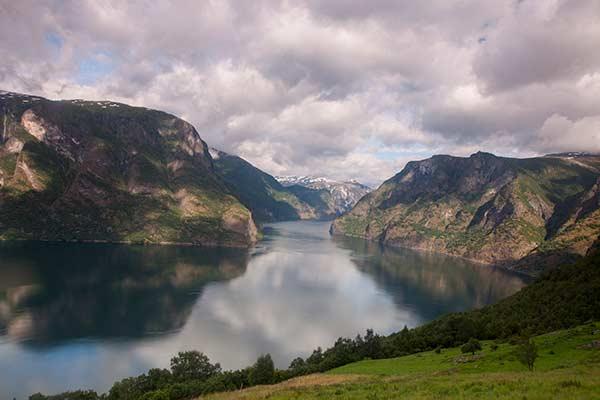 -Fjord-Naerofjord-Norvège-avec-enfants