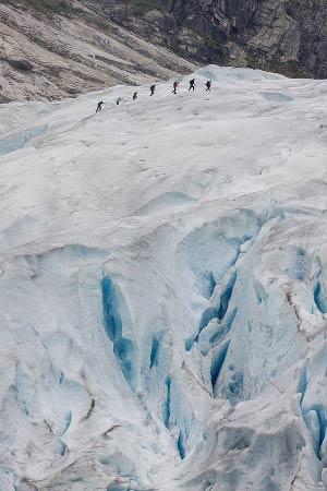 glacier-Nigardsbreen-randonneurs