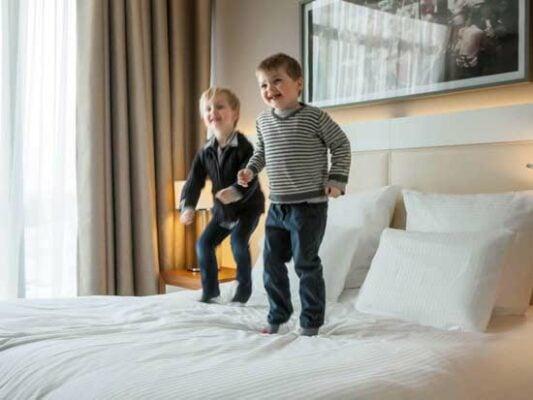 hotel-paris-familial