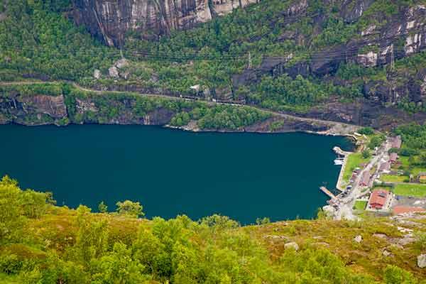 norvege-en-famille-avec-enfants-fjord-lysefjord