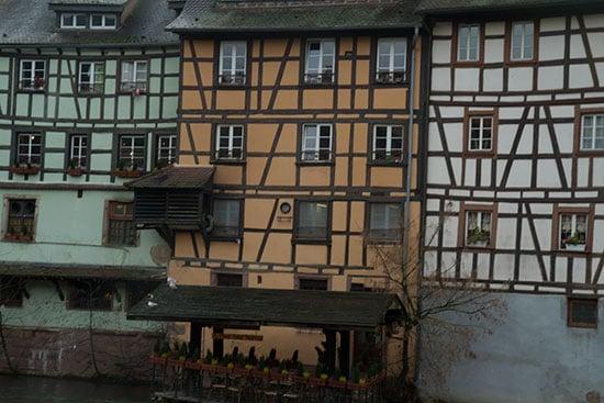 strasbourg-enfants-maisons-alsaciennes