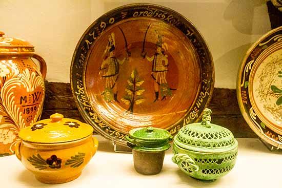 strasbourg-enfants-poteries-musée-alsace