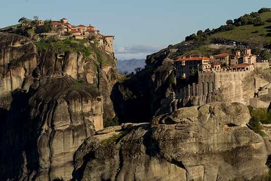 la-grece-en-famille-Monastère-Météores
