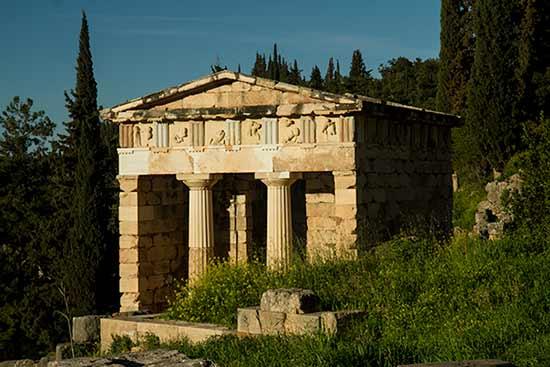 visiter--Grèce-en-famille-Delphes
