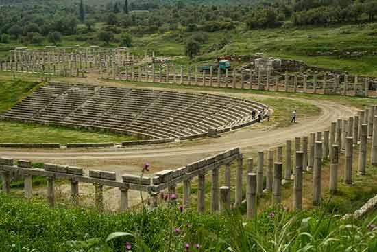 visiter-la-grece-en-famille Ithomi