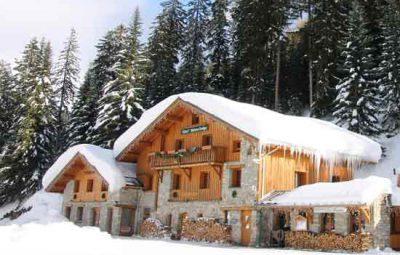 hotel-station-ski-familial-savoie