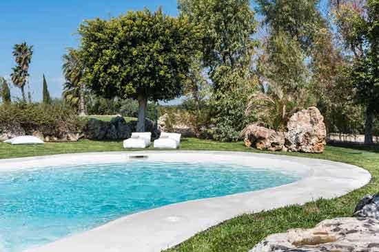 hotel-familial-en-sicile-avec-piscine