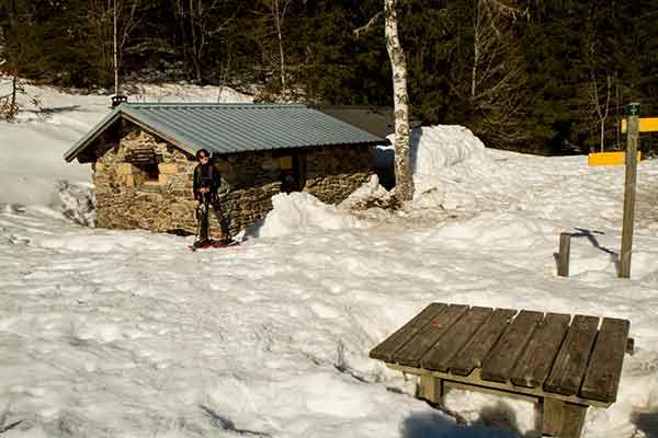 Randonnée-raquette-neige-Belledonne