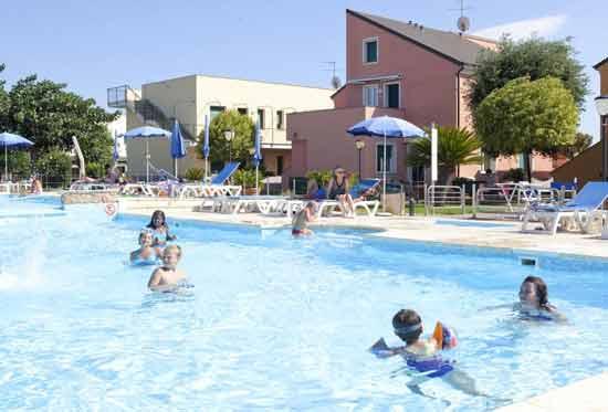 hotel-club-enfant-italie