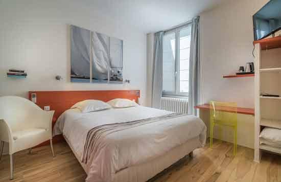 hotel-la-rochelle-chambre-familiale