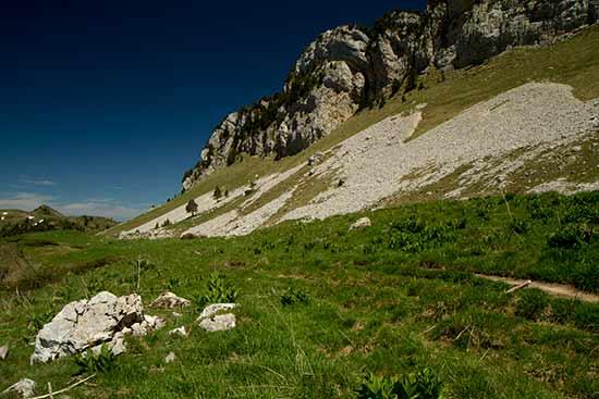 randonnée-en-famille-dans--alpes-refuge-des-bannettes-chartreuse