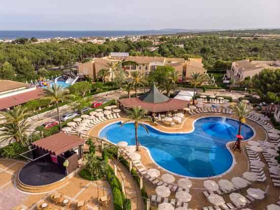 apparthotel-club-vacances-famille-minorque