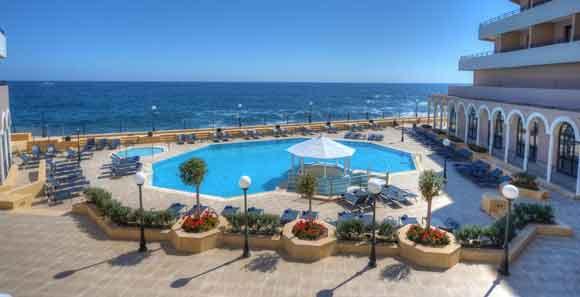 resort-hotel-familial-malte