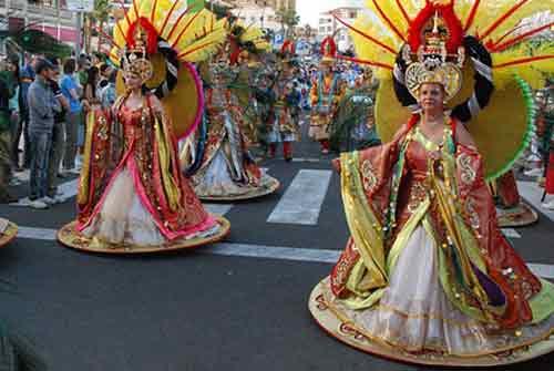 visiter-tenerife-en-famille--carnaval