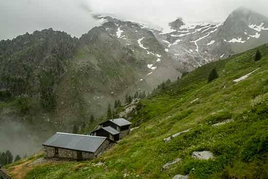tour-du-mont-blanc-en-famille-suisse