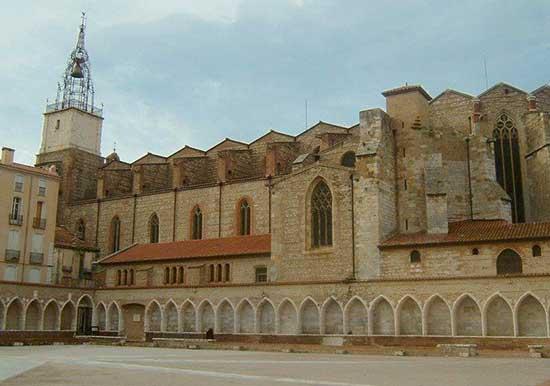 visiter-perpignan-en-famille-cathédrale