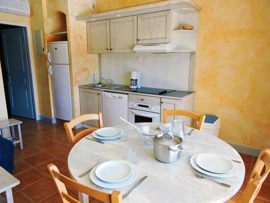 apparthotel-familial-cassis