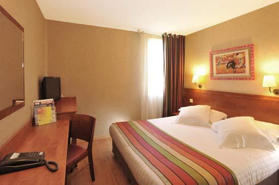 hotel-en-famille-nimes