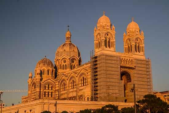 week-end-en-famille-en-provence-marseille-cathédrale