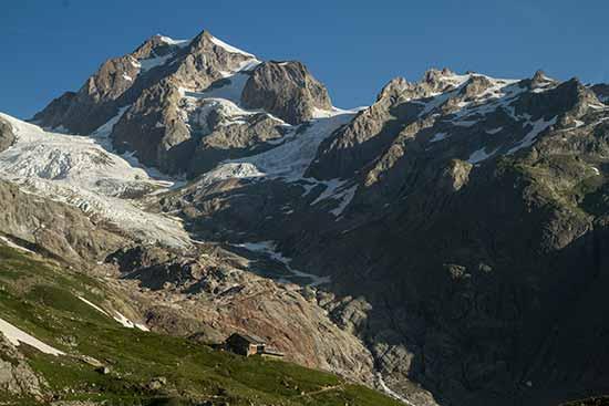 refuge-elizabetta-mont-blanc