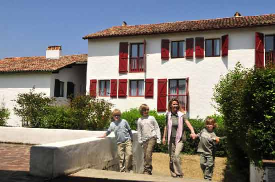 hotel-famille-pays-basque