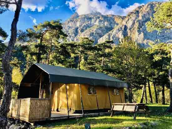 camping-familial-dans-les-alpes
