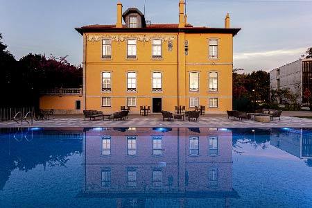 hotel-familial–porto-avec-piscine