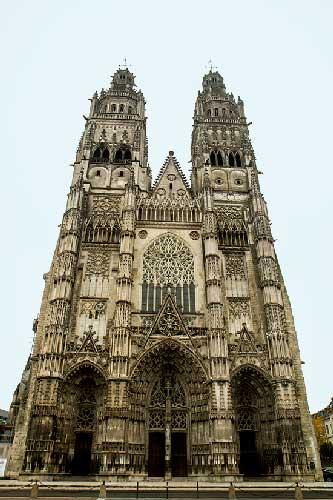 activite-enfant-tours-cathédrale